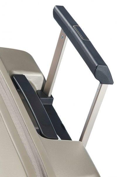 מזוודה קשיחה לעלייה למטוס עם תא למחשב Samsonite Prodigy 6