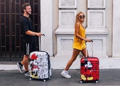 מזוודה קשיחה דיסני American Tourister Disney Comics Mickey/Minnie 17