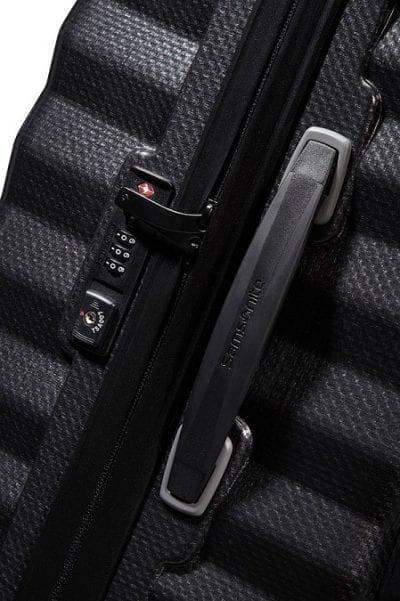 מזוודה קשיחה יוקרתית קלה במיוחד Samsonite Lite Shock 21