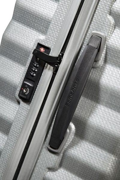 מזוודה קשיחה יוקרתית קלה במיוחד Samsonite Lite Shock 38