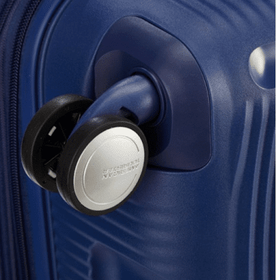 מזוודה קשיחה קלה American Tourister Soundbox 79