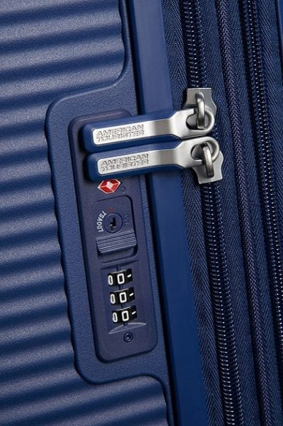 מזוודה קשיחה קלה American Tourister Soundbox 87