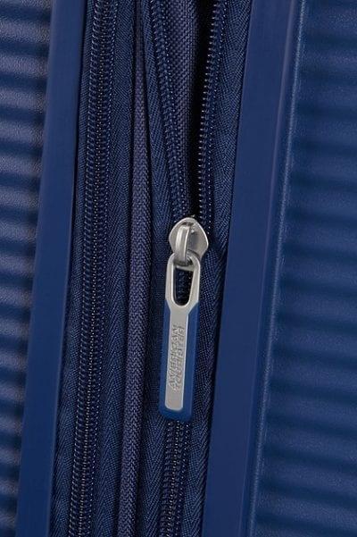 מזוודה קשיחה קלה American Tourister Soundbox 125