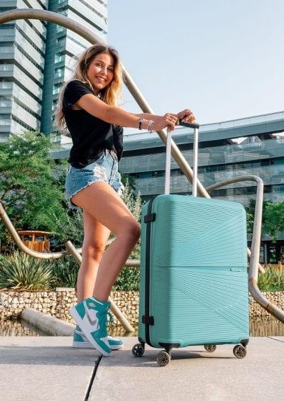 מזוודה קשיחה American Tourister Airconic 45
