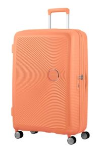 מזוודה קשיחה קלה American Tourister Soundbox 11